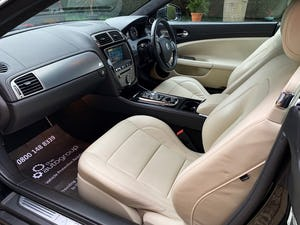 2010 Jaguar XKR 5.0 Supercharged (510-bhp) A stunning hi spec For Sale (picture 5 of 6)