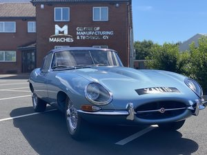 Picture of 1962 Series 1 Jaguar 3.8 E-Type Roadster SOLD