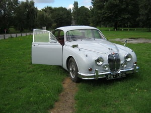 Picture of 1961 JAGUAR Mk2. 3.4 MANUAL + OVERDRIVE SOLD