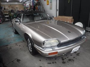 Picture of Jaguar XJS cabrio 6 cyl. 4Ltr. 1994 For Sale