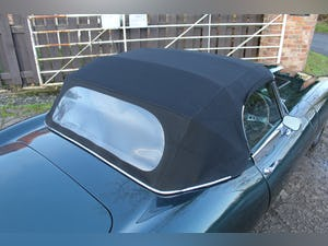 1969 Jaguar E-Type Series II 4.2 Roadster, Retrimmed Interior For Sale (picture 19 of 20)