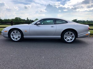 Superb 2004 Jaguar XKR 4.2 s/c - Silver with Black int For Sale (picture 2 of 12)