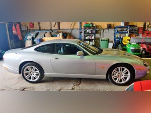 Superb 2004 Jaguar XKR 4.2 s/c - Silver with Black int For Sale (picture 6 of 12)