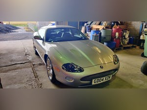 Superb 2004 Jaguar XKR 4.2 s/c - Silver with Black int For Sale (picture 7 of 12)