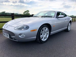 Superb 2004 Jaguar XKR 4.2 s/c - Silver with Black int For Sale (picture 10 of 12)