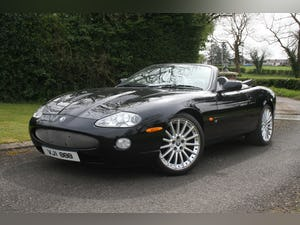 1998 XK8 CONVERTABLE LOW 25,110 mls ON NEW ENGINE For Sale (picture 1 of 12)