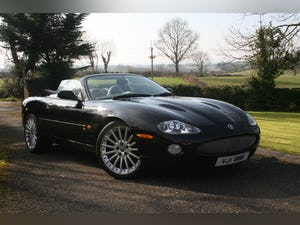 1998 XK8 CONVERTABLE LOW 25,110 mls ON NEW ENGINE For Sale (picture 2 of 12)