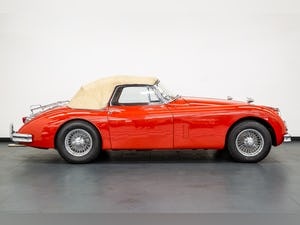 1959 JAGUAR XK150S DROPHEAD COUPE 3400cc 1 OF 19 RHD EXAMPLES For Sale (picture 13 of 27)