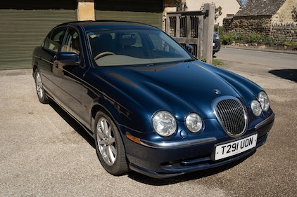 Picture of 1999 Jaguar S-Type For Sale by Auction