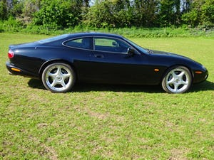 2004 XKR  For Sale (picture 4 of 11)