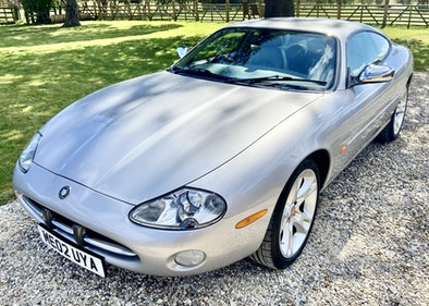 Picture of 2002 Jaguar XK8 4.0 V8 Coupe - Low 34K Miles - Concours! For Sale