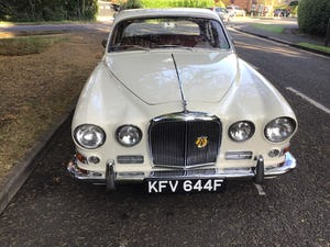 JAGUAR 420 1968  MAN/OVERDRIVE STUNNING Wire Wheels For Sale (picture 18 of 19)