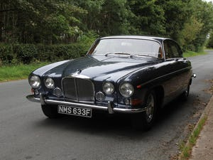 1968 Jaguar 420G - Exceptional example in Solent Blue For Sale (picture 3 of 17)