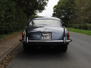 1968 Jaguar 420G - Exceptional example in Solent Blue For Sale (picture 5 of 17)