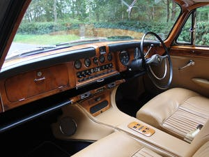 1968 Jaguar 420G - Exceptional example in Solent Blue For Sale (picture 11 of 17)