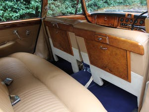 1968 Jaguar 420G - Exceptional example in Solent Blue For Sale (picture 14 of 17)