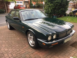 1996 Jaguar XjR X306 51k miles rust free and all original panels For Sale (picture 1 of 12)