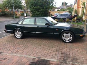 1996 Jaguar XjR X306 51k miles rust free and all original panels For Sale (picture 2 of 12)
