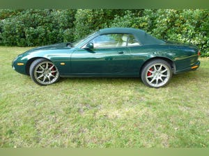 2004 Jaguar XKR Convertible 4.2 V8 For Sale (picture 5 of 12)