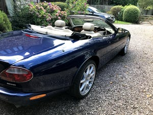 2003 Beautiful Jaguar XKR For Sale (picture 4 of 12)