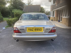 1998 Immaculate & pristine jaguar xj8 3.2 fsh, very low mile For Sale (picture 7 of 12)