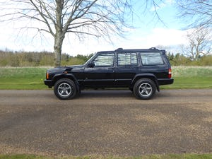 1999 Jeep Cherokee XJ 4.0 Orvis 75000 miles    SOLD For Sale (picture 1 of 12)