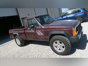 1987 Jeep Comanche 4x4 Pick Up Truck Auto 6-cyl 4.0L solid C For Sale (picture 1 of 12)