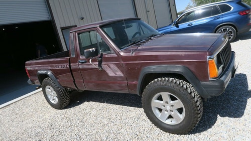 Picture of 1987 Jeep Comanche 4x4 Pick Up Truck Auto 6-cyl 4.0L solid C For Sale