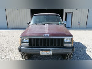 1987 Jeep Comanche 4x4 Pick Up Truck Auto 6-cyl 4.0L solid C For Sale (picture 2 of 12)
