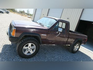 1987 Jeep Comanche 4x4 Pick Up Truck Auto 6-cyl 4.0L solid C For Sale (picture 3 of 12)