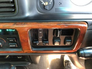 1998 Jeep Grand Cherokee ORVIS Limited Edition For Sale (picture 7 of 12)
