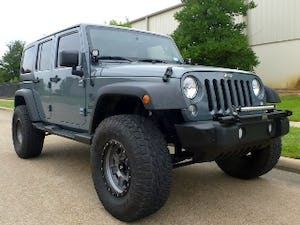 2014 Jeep Wrangler Unlimited Sport Lifted + mods Grey $34.9k For Sale (picture 2 of 12)