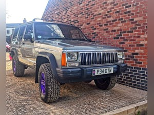 1996 jeep xj jeep cherokee 2.5 petrol low 45k miles For Sale (picture 2 of 12)