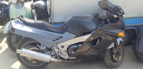Picture of Kawasaki ZX10 project bike £700 as is For Sale