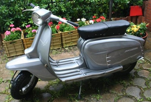1964 TOTALLY RESTORED ONE OWNER (!!!) LAMBRETTA For Sale (picture 1 of 5)