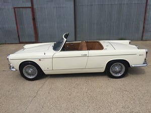 Stunning 1960 Lancia Appia Cabriolet by Vignale For Sale (picture 2 of 12)