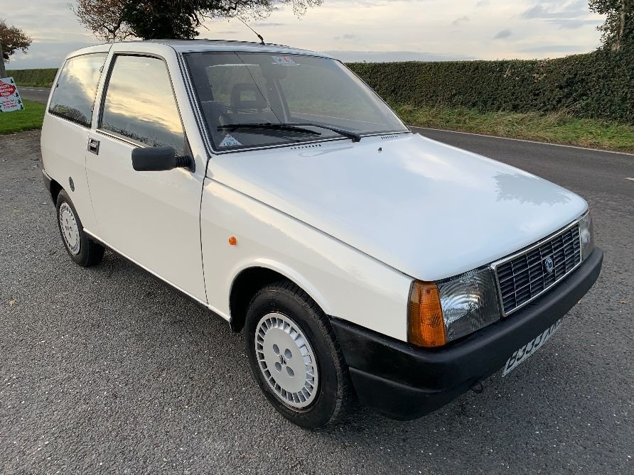 1985 Lancia Y10 F.I.R.E 10 3 Door Hatch Back For Sale (picture 1 of 6)