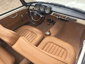 Stunning 1960 Lancia Appia Cabriolet by Vignale For Sale (picture 10 of 12)