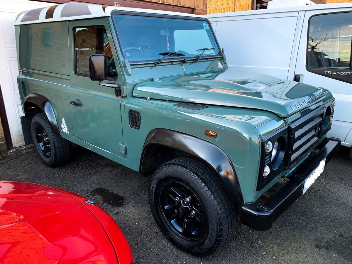 Land Rover Defender 2.2 Puma (2012/12 plate) For Sale (picture 1 of 9)