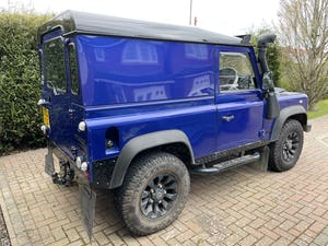 2002 Land Rover Defender 90 TD5 For Sale (picture 3 of 9)