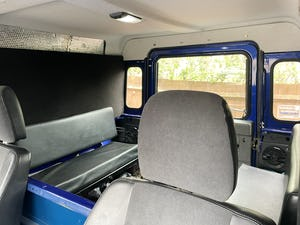 2002 Land Rover Defender 90 TD5 For Sale (picture 7 of 9)