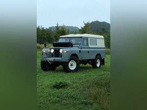 1968 Land Rover Series 2A Fully Restored 3.9 V8 For Sale (picture 1 of 12)