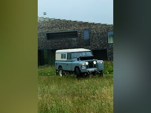 1968 Land Rover Series 2A Fully Restored 3.9 V8 For Sale (picture 2 of 12)