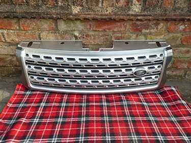 Picture of 2014 Range Rover Autobiography Genuine OEM front grille For Sale