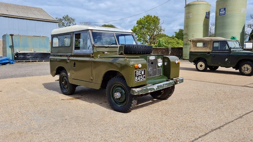 """Picture of 1965 LAND ROVER SERIES 2A 88 """"BLENHEIM"""" #377 For Sale"""