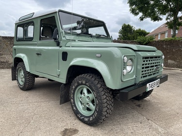 Picture of 1999/T Defender 90 TD5 6 seater-heritage look refurbishment For Sale