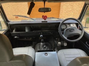 1997 Land Rover Defender 90 300 tdi Hardtop For Sale (picture 3 of 5)