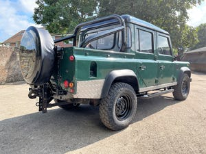 tough looking 2004/54 Defender 110 Double Cab+nice plate For Sale (picture 6 of 35)