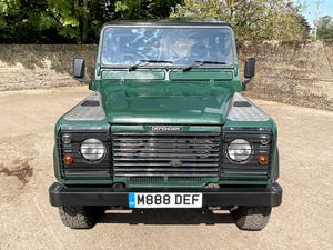 tough looking 2004/54 Defender 110 Double Cab+nice plate For Sale (picture 14 of 35)