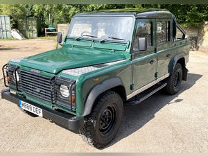 tough looking 2004/54 Defender 110 Double Cab+nice plate For Sale (picture 15 of 35)